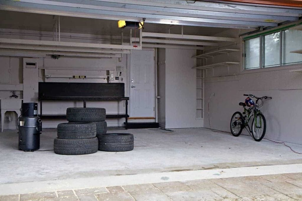 rev tement de plancher de garage en 2015 b ton surface. Black Bedroom Furniture Sets. Home Design Ideas