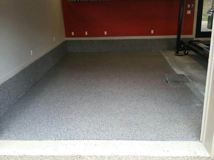 Refaire votre plancher de salle de bain b ton surface - Garage et surface de plancher ...