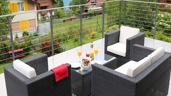 besoin d id es pour am nager votre terrasse b ton surface. Black Bedroom Furniture Sets. Home Design Ideas