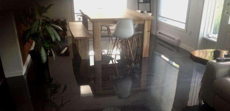 Plancher de cuisine à Sherbrooke  Béton Surface Estrie