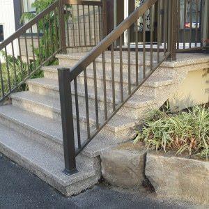 Woodcliff-escaliers-béton