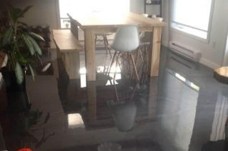 Nos 3 idées de finition de plancher en béton